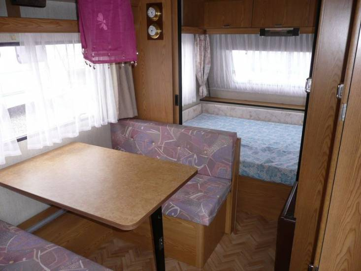 a vendre caravane burstner club 430 ts rouen boos 76 camping car mobilhome rouen normandie. Black Bedroom Furniture Sets. Home Design Ideas